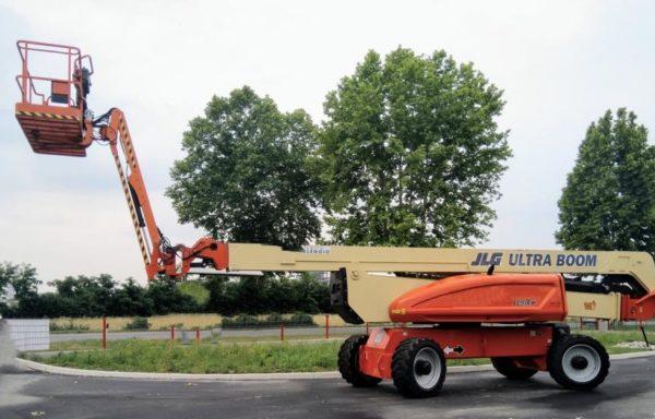 JLG 1250 AJP diesel boom